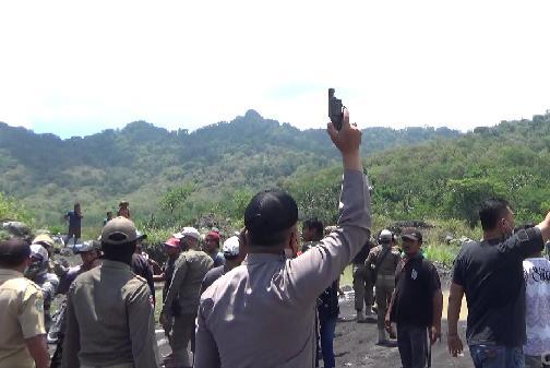 Warga Jugosari Lumajang Tuntut Tambang Pasir Di Tutup