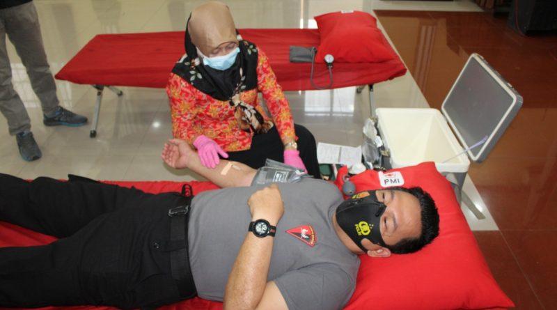 Polres Pematang Siantar Laksanakan Donor Darah Menyambut HUT Bhayangkara Ke 75