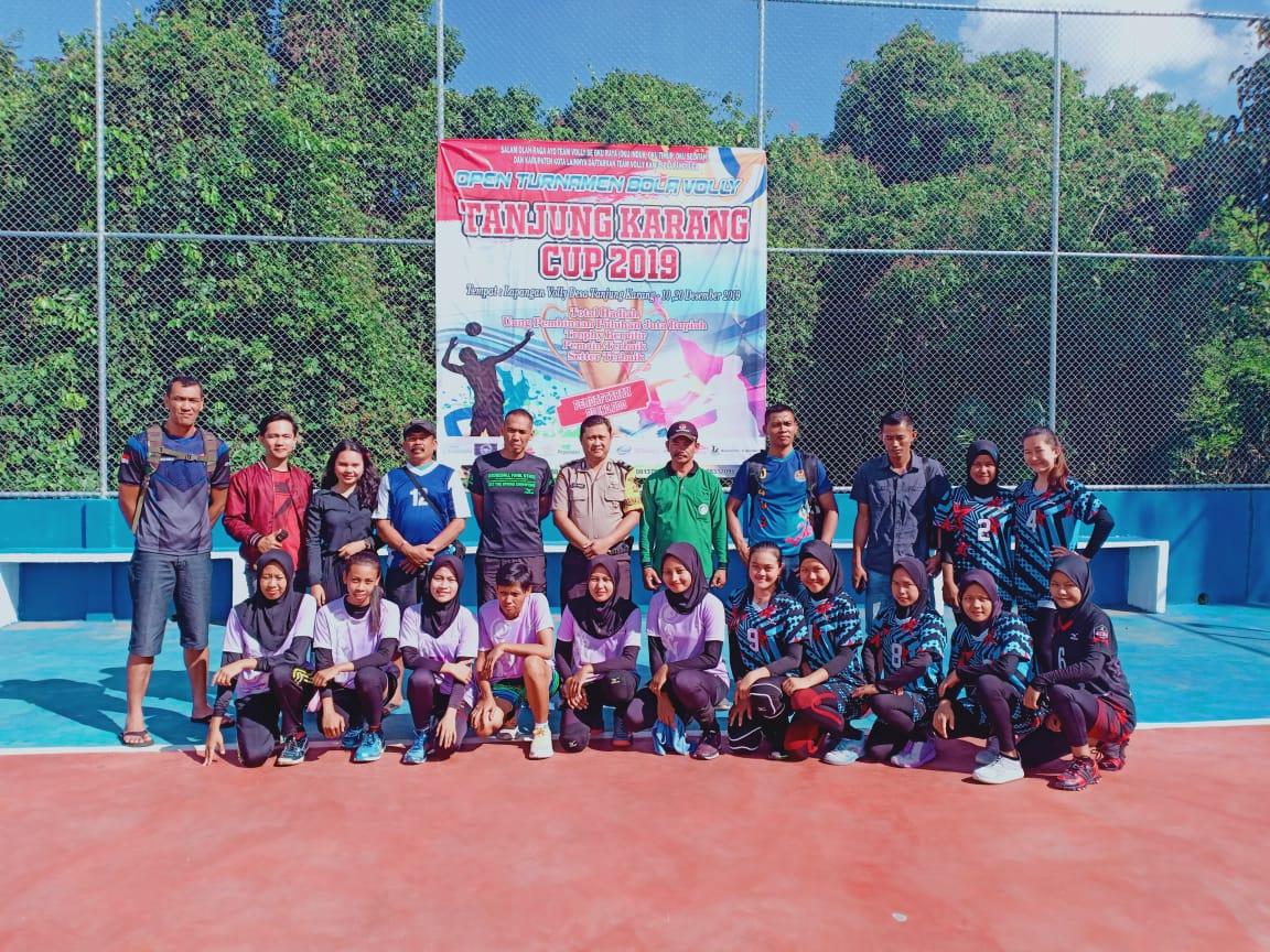 Desa Tanjung Karang Kecamatan Baturaja Barat Mengadakan Open Turnament Volly Ball